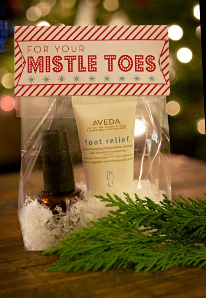 Mistle-Toe-Nail-Polish-Gift-708x1024.jpg